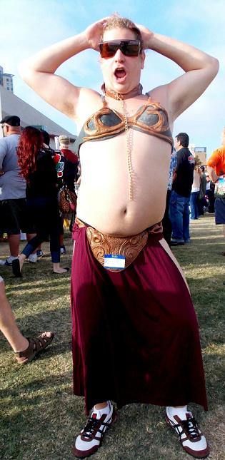 princess leia costume fail 03